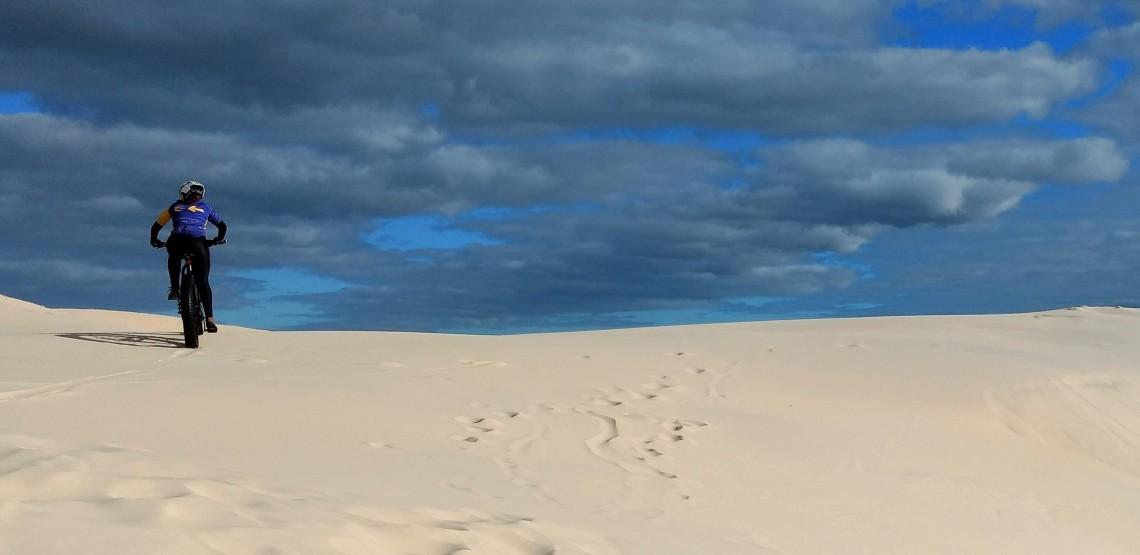 As dunas e as nuvens